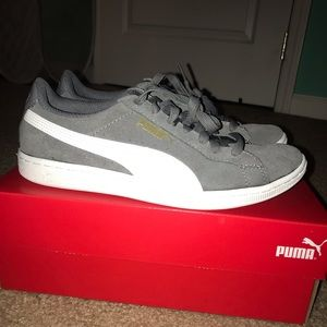 Puma Shoes - Puma Vikky Sneakers